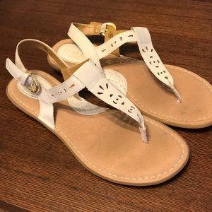 Born BOC White Leather Sandals Size 10